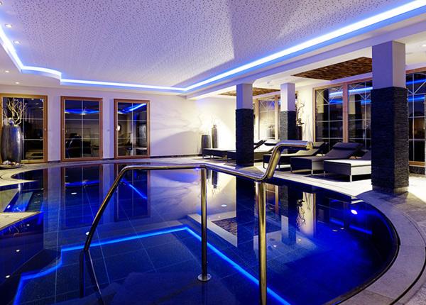 Swimmingpool im haus  Swimmingpool Im Haus | loopele.com